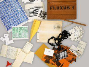 Künstlerbücher in der Bayerischen Staatsbibliothek - George Maciunas: Fluxus 1, 1964. Signatur: L.sel.III 38 | Foto: © George Maciunas, George Maciunas Foundation/VG Bild-Kunst , Bonn 2017