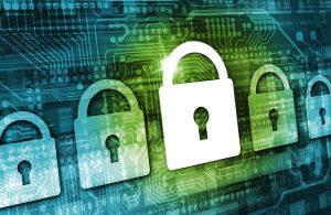 Datenschutz - Regelung zu personenbezogenen Daten -grün-blauer Hintergrund mit mehreren Schlosssymbolen